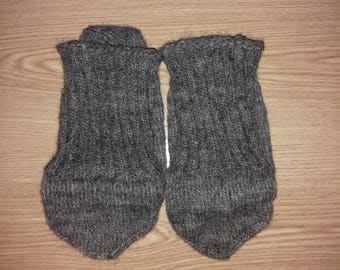 Handicrafts - Wool socks,Hand Knit socks for adults, 100% Wool, Warm Grey Colors of Black Wool
