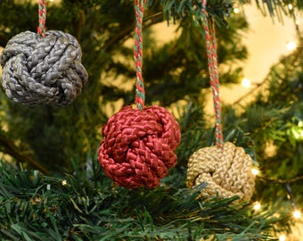 Baubles, Christmas Baubles, Christmas Tree Decorations, Mixed Colours Monkey Fist Baubles