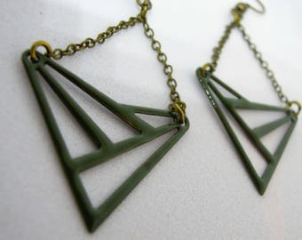 Earrings triangular openwork/enamel / Green Khaki/bronze/fact hand/geometric/bicolor/gifts for women