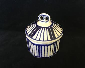 Heise Bunzlau German Pottery Covered Trinket  Bowl