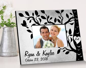 Personalized Etchings On The Tree Picture Frame - Wedding Photo Frames - Anniversary Picture Frames - Personalized Wedding Picture Frames
