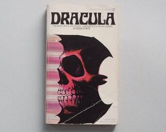 Dracula, by Bram Stoker, Signet Books, 1965.