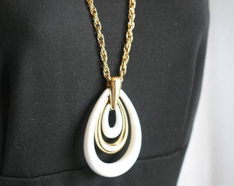 Trifari Gold Tone Chain with Large White Teardrop Pendant Necklace 27 inches