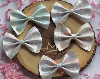 Esater/spring bow , faux leather bow