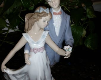Lladro Now and Forever-MINT-Condition-7642-with-original-box