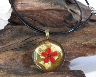 Natural Dried Coral Ixora Bloom resin cast Round Antique Bronze Pendant with Leather Necklace