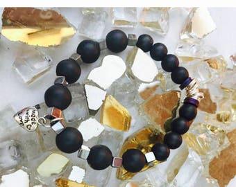 Beaded bracelet, stretch bracelet, layering bracelet, gemstone, boho chic bracelet, bead, jewerly, gifts for her, charms, natural stone