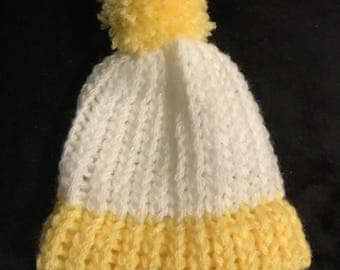 Handmade 2 Colour Newborn Hat - Knitted