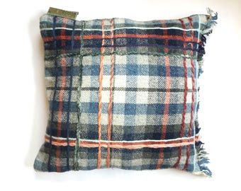 Cushion, approx. 50/50 cm.