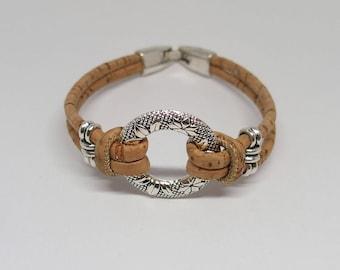 Cork bracelet with circle, vegan bracelet, cork jewellery