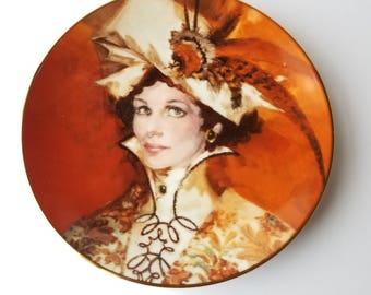 Vintage/ Avon/ Presidents Club Member Plate/The Four Seasons/ Mrs. P.F.E. Albee Plates
