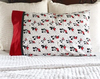 Mickey Mouse pillowcase, Mickey Mouse bedding, pillowcase for kids, standard pillowcase, pillowcase, Mickey Mouse, Disney