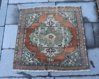 Small size boho decorative rug, handknotted area rug, wall decor rug, Free Shipping 2.6 x 2.4 ft. oushak rug, bohemian  floor rug MB306