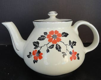Vintage Hall's RED POPPY Teapot Superior Quality Made in USA Excellent Condition