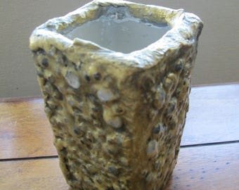 Decorated ceramic vase