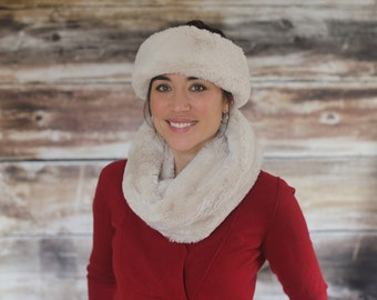 Polar Luxury Faux Fur Neck Warmer
