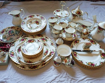 Collection Only 59 Piece Royal Albert Old Country Rose PERFECT Condition China Tea Service COLLECTION ONLY