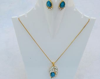 Perfect combination o a necklace set for you