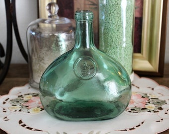 Vintage DALMAU HERMANOS Green Glass WINE Bottle Decanter Tarragona Spain mint condition