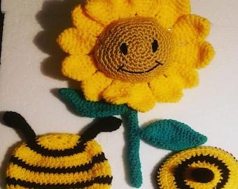 0-3mo Bumble Bee Prop Set