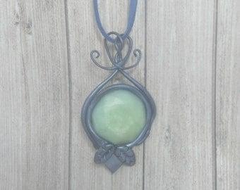 Necklace faux quartz stone and Silver-Blue