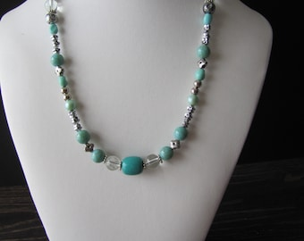Green necklace / Green Necklace