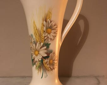 Vintage Purbeck Swanage wheat and daisy large jug