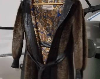 Women's Mink fur coat from Reichlin Furriers of Hartford (vintage) Choclate Brown - Leather trim (black)