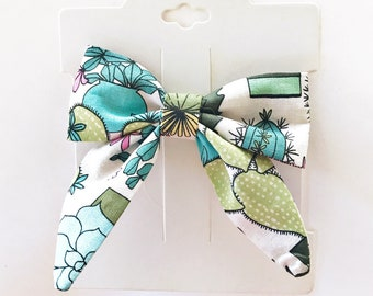 Green Succulent Hair Bow