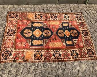 Tarakama Vintage Carpet