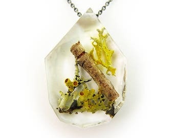 Twiggy Terrarium Eco Resin Moss Necklace