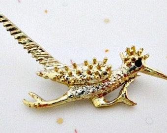 Roadrunner Brooch Pin - New Mexico Bird Brooch Pin Jewelry - Vintage Roadrunner Jewelry - Gold Tone Roadrunner - Unisex Jewelry Gift