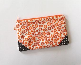 zipper pouch, cash envelope, Eyeglass case, Pen pencil, cash wallet, Cosmetic makeup case, Brown canvas bag, sunglasses case, Orange floral