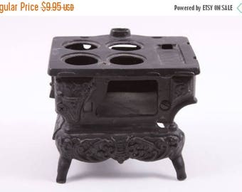 Vintage Cast Iron Stove Part - Possible Salesman Sample Dollhouse Victorian ~ The Pink Room ~ 161007
