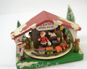 Santa Workshop Play Toyland Enesco 1981 music box