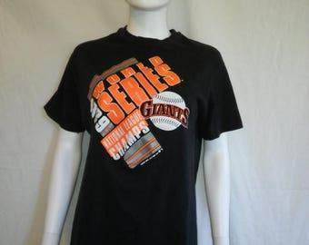 Closing Shop 40%off SALE San Francisco Giants black t shirt, 80s 1989 World Series Giants t shirt