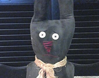 Primitive Rabbit Shelf Sitter