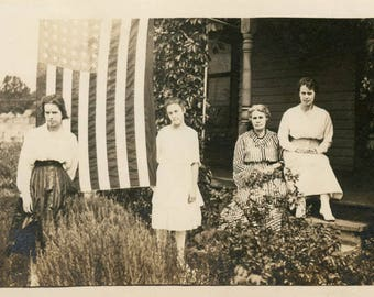 vintage photo 1914 Generations of Women Stand outside House Giant Flag 4th of July