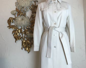 1970s coat ivory coat vintage coat spy coat donnybrook coat belted coat 70s coat knee length coat 38 bust size medium
