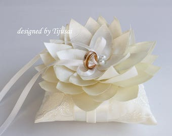 Ivory  Wedding ring pillow with Lily flower ---ring bearer pillow, wedding ring pillow , wedding pillow, ready to ship