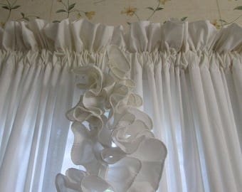 Vintage Ruffled Country Curtains