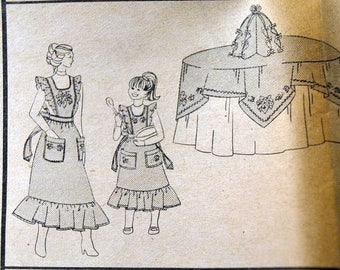 Christmas in July Vintage Sewing Pattern Vogue 9072 Holiday Aprons Tree  Complete Uncut