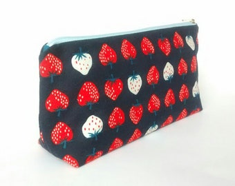 Stacked Strawberries - Zippered Pouch