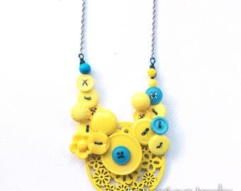 Big Button Necklace Bright Yellow with blue accents