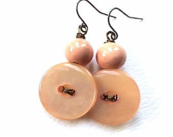 Christmas in July Sale Pearly Peach Pink Vintage Button Earrings