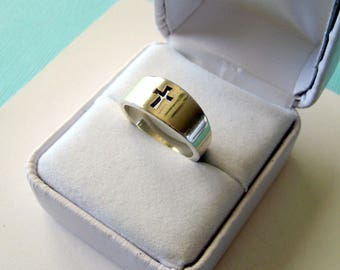 James Avery Sterling Silver Cross Ring Size 5.75