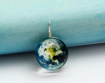 Ball Shaped Earth Glass Pendants 20mm (GP 102)