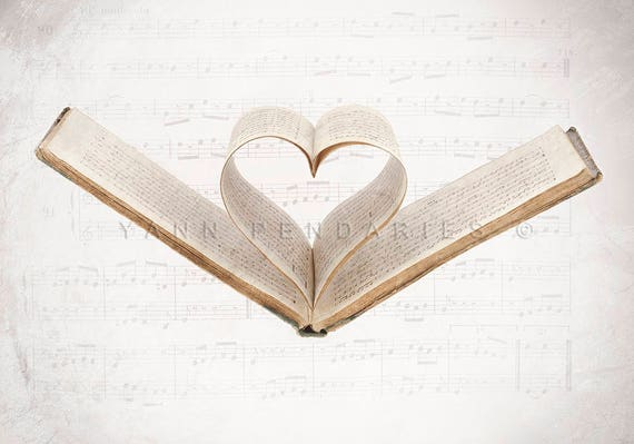 wedding gift, Mom Gift for Wife, Girlfriend Gift for Her,Heart music book, , Sheet music,  Heart shaped pages, Valentine, Valentine's day