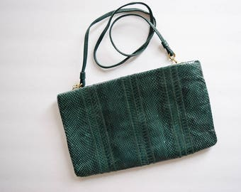 1980s Purse | Lady of the Pines | Vintage 80s Clutch Forest Green Genuine Snakeskin Handbag Attachable Leather Strap - Zip Top - Clemente