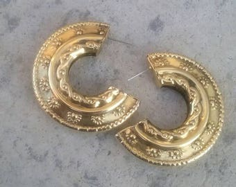 Gold Hoops, Gold Metal Hoop Earrings, Earrings, Half Hoop Earrings, Big Hoop Earrings, Jewelry Earrings, Gold Earrings, Fashion Earrings